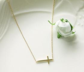 Bridesmaid gifts - Set of 5 - Sideways cross necklace in gold