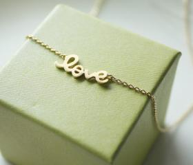 Bridesmaid gifts - Set of 5 - LOVE pendant necklace in gold