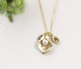 Leaf initial, Calla lily flower necklace,Initial necklace, freshwater pearl, mothers day
