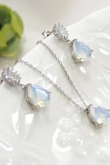 Bridesmaid gift set- moonstone necklace,moonstone earring, Champagne pendant necklace,cubic zirconia earring, glass stone, Bridesmaid gift