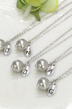 Bridesmaid gifts - Set of 4 -Leaf initial, gray pearl necklace,Personalized necklace, Swarovski Pearl Charm , Bridesmaids Gift