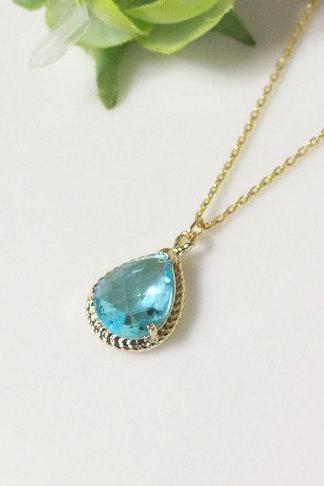 Aquamarine necklace, Gorgeous Drop ,stone in twisted bezel, light blue, B0083-G