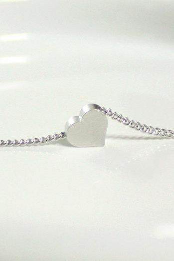 Bridesmaid gifts - Set of 5 - Tiny heart simple bracelet in white gold