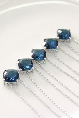 Bridesmaid gifts - Set of 5- Blue Stone Necklace,dark blue,bridesmaid necklace, deep blue necklace,glass stone,Sapphire Blue