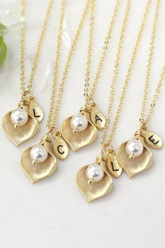Bridesmaid gifts - Set of 4 -Leaf initial, Calla lily flower necklace,Initial necklace, Swarovski pearl